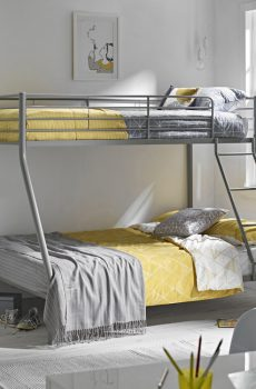 Surprising Otto Triple Sleeper Bunk Beds White Pine Or Navy Free Bralicious Painted Fabric Chair Ideas Braliciousco